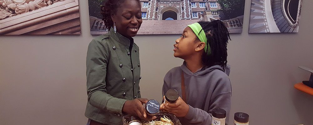 Girl Creates Safe Seasoning for Ailing Mother