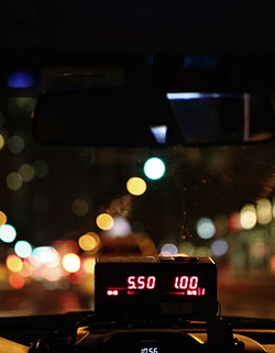 Universal-Taxi-00
